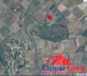 Biga Kahvetepe'de Yola Cepheli Satılık Tarla, Arazi