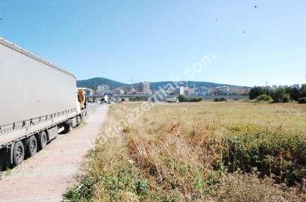 Sultanbeyli Cadde Üzeri Yanyol Yakını Arsa 10