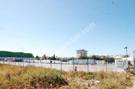 Sultanbeyli Cadde Üzeri Yanyol Yakını Arsa 16