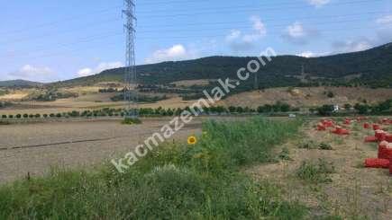 Yenişehir Marmaracık Köyünde Ana Yola Cephe Sat. Tarla. 2