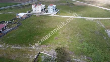 Gönen Denizkentte Satılık Deniz Manzaralı Villa Arsası 10