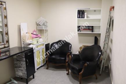 Çekmeköy Hamidiye De Devren Satılık Kuaför Salonu 19