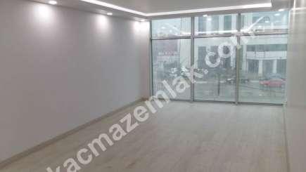 Kurtköy Merkezde Yüksek Reklam Değeri Olan Kiralık Ofis 13