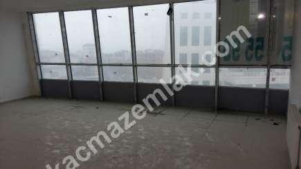 Kurtköy Merkezde 300 M2 Geniş Kullanımlı Kiralık Ofis K 15