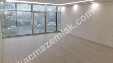 Kurtköy Merkezde Yüksek Reklam Değeri Olan Kiralık Ofis 6