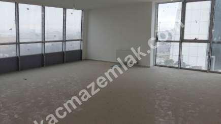 Kurtköy Merkezde 300 M2 Geniş Kullanımlı Kiralık Ofis K 11