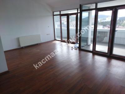 Sancaktepe Fatih Mah Cadde Üzeri 200 M2 Kiralık Ofis 9