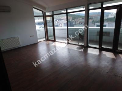 Sancaktepe Fatih Mah Cadde Üzeri 200 M2 Kiralık Ofis 16