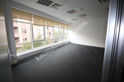 Kdv Avantajlı Şişli Plazada 2. Katta 600 M² Kiralı 22