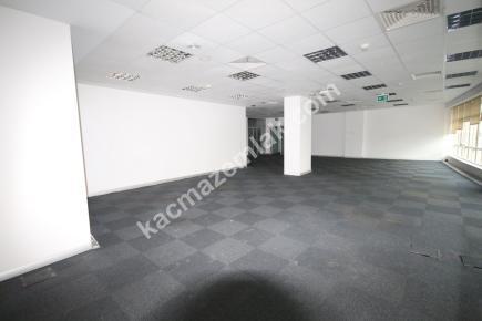 Kdv Avantajlı Şişli Plazada 2. Katta 600 M² Kiralı 17
