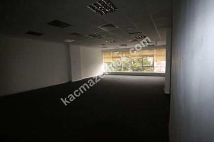 Kdv Avantajlı Şişli Plazada 2. Katta 600 M² Kiralı 23