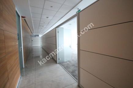 Kdv Avantajlı Şişli Plazada 2. Katta 600 M² Kiralı 9