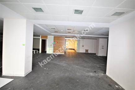 Şişli Plaza'da Kiralık 1.200 M² Plaza Katı, Ofis 20