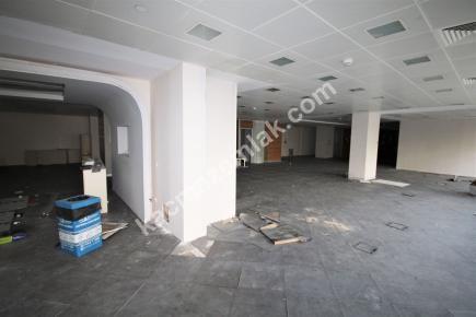 Şişli Plaza'da Kiralık 1.200 M² Plaza Katı, Ofis 30