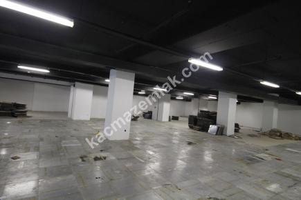 Şişli Plaza'da Kiralık 1.200 M² Plaza Katı, Ofis 17