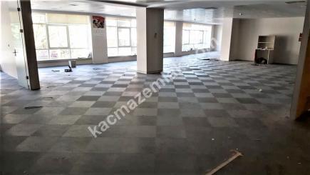 Şişli Plaza'da Kiralık 1.200 M² Plaza Katı, Ofis 14