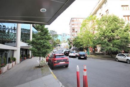 Şişli Plaza'da Kiralık 1.200 M² Plaza Katı, Ofis 6