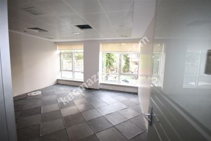 Şişli Plaza'da Kiralık 1.200 M² Plaza Katı, Ofis 31