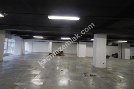 Şişli Plaza'da Kiralık 1.200 M² Plaza Katı, Ofis 16