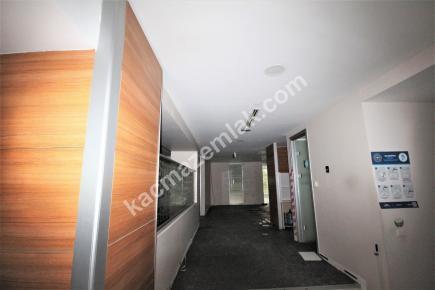 Şişli Plaza'da Kiralık 1.200 M² Plaza Katı, Ofis 28