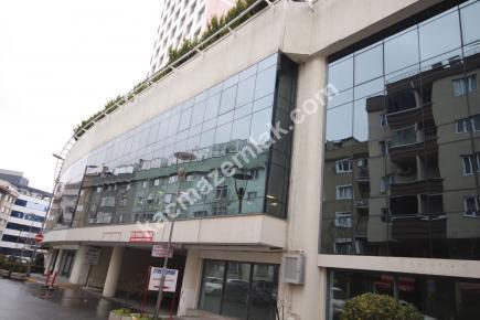Şişli Plaza'da Kiralık 1.200 M² Plaza Katı, Ofis 2
