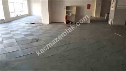 Şişli Plaza'da Kiralık 1.200 M² Plaza Katı, Ofis 36