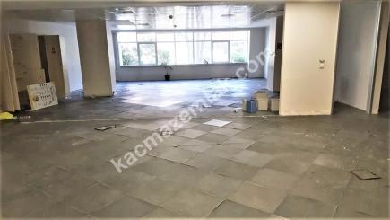 Şişli Plaza'da Kiralık 1.200 M² Plaza Katı, Ofis 35