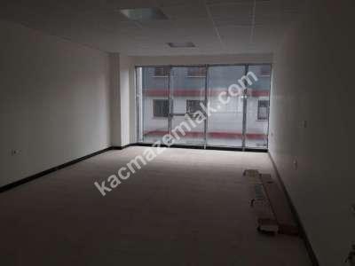 Çarşı Merkezde Sıfır Kiralık Ofis Büro İş Yeri 1