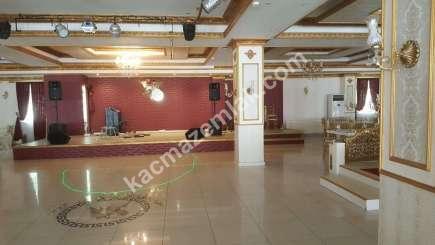 Kavacık' Ta 2.000 M² Hazır Kurulu Kiralık Düğün Salonu 12