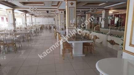 Kavacık' Ta 2.000 M² Hazır Kurulu Kiralık Düğün Salonu 3