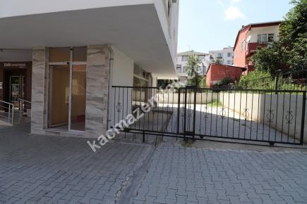 Çekmeköy Ekşioğlu Mah. Kiralık Dükkan 12