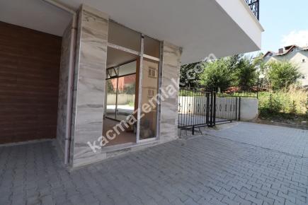 Çekmeköy Ekşioğlu Mah. Kiralık Dükkan 13