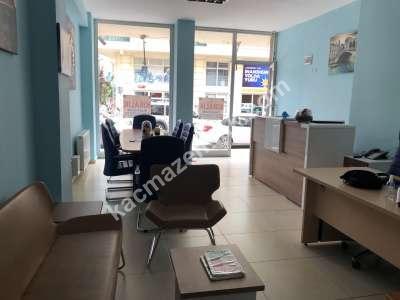 Çekmeköy Hamidiye Caddesi Üzeri Kiralık 150M2 Dükkan 4