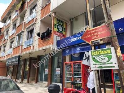 Çekmeköy Hamidiye Caddesi Üzeri Kiralık 150M2 Dükkan 3