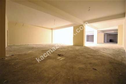 İdealtepede Minibüs Cad 3.Bina Kiralık 1.020 M² Dükkan 22