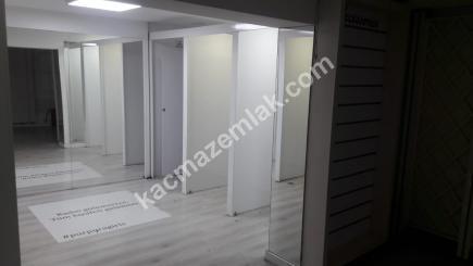 Kıbrıs Şehitlerinde 187 M2 Dükkan 14