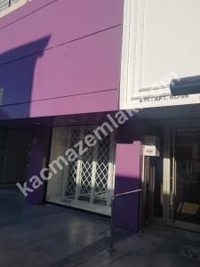 Kıbrıs Şehitlerinde 187 M2 Dükkan 1