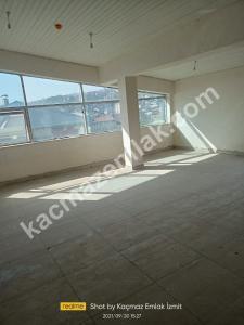 İzmit Yenişehir Mh.kiralık Dükkan Ve İşyerleri 9