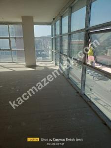 İzmit Yenişehir Mh.kiralık Dükkan Ve İşyerleri 38