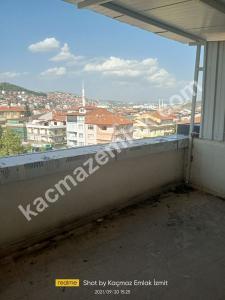 İzmit Yenişehir Mh.kiralık Dükkan Ve İşyerleri 31