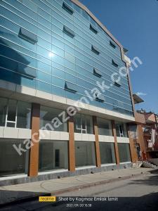 İzmit Yenişehir Mh.kiralık Dükkan Ve İşyerleri 1
