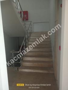 İzmit Yenişehir Mh.kiralık Dükkan Ve İşyerleri 15