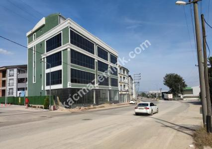 İnegöl Yeniceköy Mh Bursa Cd.1700 M²Komple Bina Kiralık 4