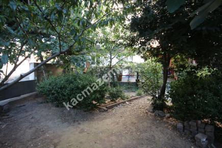 Kağıthane'de Cadde Üzeri 5+2 Çift Girişli, Bahçeli İşy 9