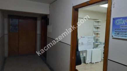 Bursa Merkez Fomara'da Klimalı Geniş Satılık Ofis 15