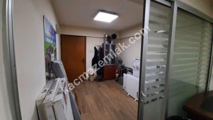 Bursa Merkez Fomara'da Klimalı Geniş Satılık Ofis 9