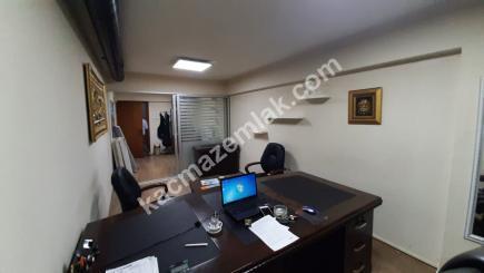 Bursa Merkez Fomara'da Klimalı Geniş Satılık Ofis 1