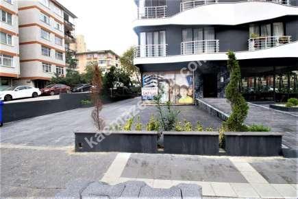 Bostancı' Da İşlek Cadde Üzerinde Satılık Dükkan Mağaz 4