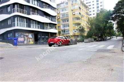 Bostancı' Da İşlek Cadde Üzerinde Satılık Dükkan Mağaz 1