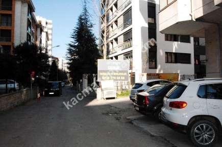 Göztepede Rıdvan Paşada Merkezi Konumda Dükkan 21